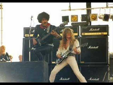 Thin Lizzy - Baby Please Don't Go (Demo)