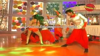 Dirty Picture: Silk Sakkath Maga - Veena Malik's Hot Scene || Making of Kannada Movie Silk Sakkath Maga - Hot Scene - 13