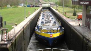 Schepen op de Moezel / Shipspotting on the Moselle / sluis / lock / Detzem / time lapse