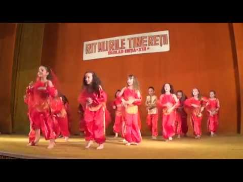 Ritmurile Tineretii 2014 : Indian Kids - Dans Indian video