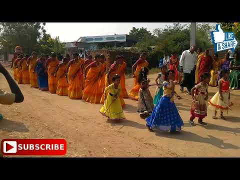 Amma Telangana kolatam dance in Regadi Maddikunta(Indranagar) Kolatam Batch2