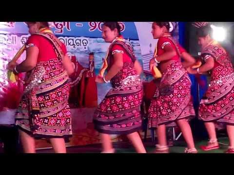 Aankh Duita Chaka Chaka-- Sambalpuri Bhajan Dance by Saninwita with her friends