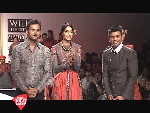 Wills Lifestyle India Fashion Week Day 4: Ashish Viral and Vikrant's collection