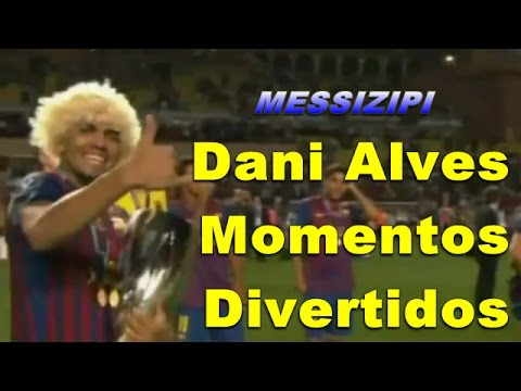 Dani Alves Funny Moments / Momentos Divertidos / HD