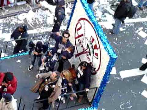 2009 Yankees WS Victory Parade - Nick Swisher & Johnny Damon