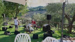 Montefiori Cocktail live in Ferretto (Fano) - Extra: I Feel Love (music + photos)