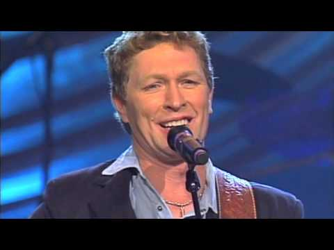 Craig Morgan - God Must Really Love Me