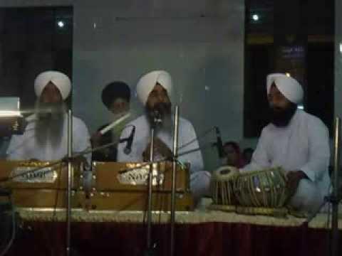 Bhai Davinder Singh Ji Sodhi at Nava Dera Sant Pura Tilak Nagar...