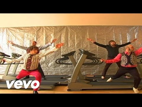 Miniatura del vídeo OK Go - Here It Goes Again