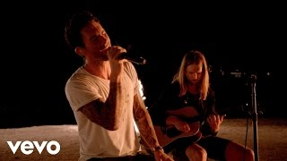Download Lagu Maroon 5 - Animals (Victoria's Secret Swim Special) Gratis STAFABAND
