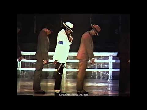 Michael Jackson - Smooth Criminal - Live Wembley 1988 - Hd video