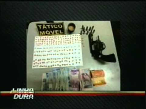 Casal é preso suspeito de tráfico de drogas em Araguari