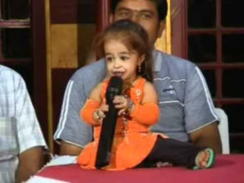 JYOTI AMGE SINGING A SONG.mpg