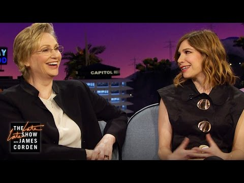 Jane Lynch & Carrie Brownstein are Reverends