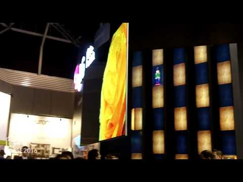 ISE 2016: LG Shows Dual View Ceiling and Wall Mount Solution for OLED Signage