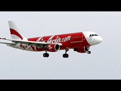فقدان طائرة ماليزية بين أندونيسيا وسنغافورة تقل مائة واثنين وستين راكبا