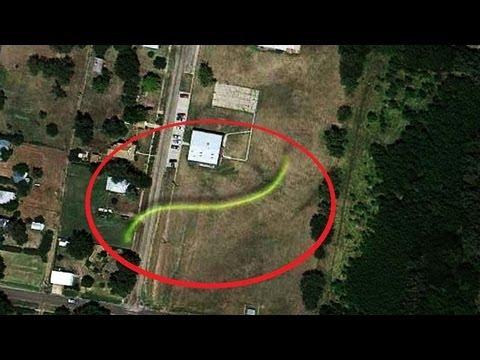 Google maps secretos ovnis y misterios 2013 youtube for Bazzel el jardin de los secretos