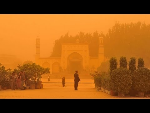 sandstorm in north china Inner Mongolia Beijing struck with the extreme weather 沙塵暴肆虐中國