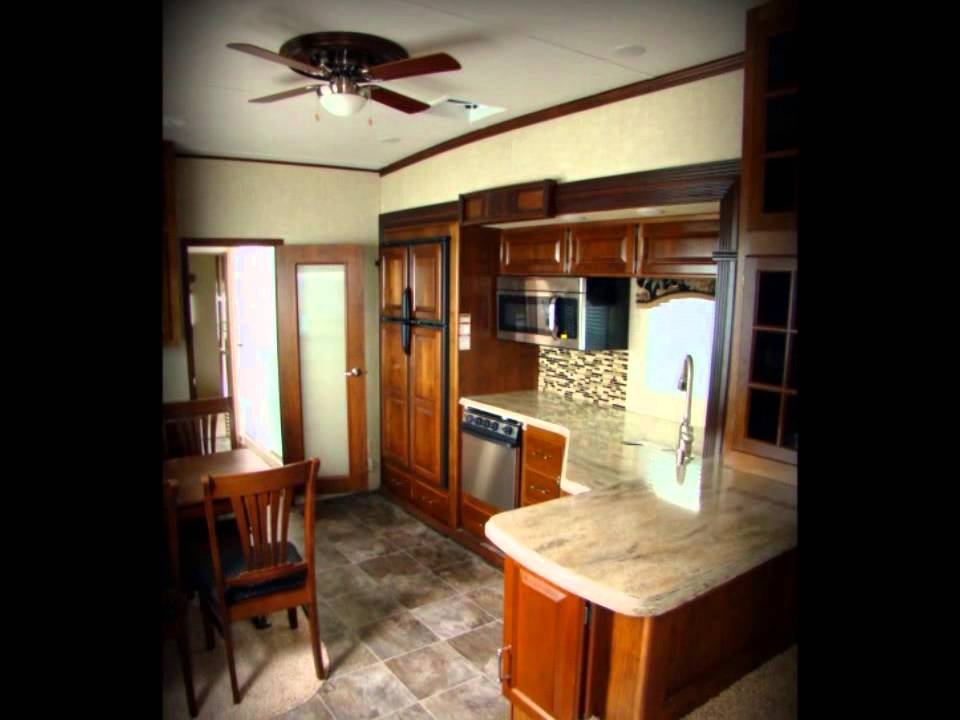 2013 Alpine 3495FL front living room Keystone RV fifth ...