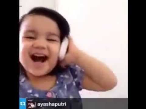 Lucu!!, Anak Kecil panggil PAPA, MAMA dengan PASANGANNYA