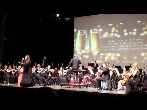 Újévi koncert a Dohnányi Szinfónikus Zenekar előadásával ⚘