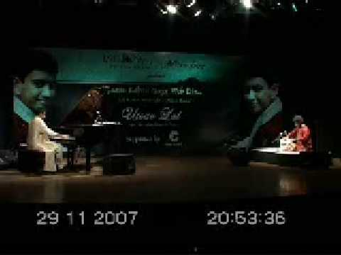 Utsav Lal on piano presents Raj Kapoors Dost dost na raha