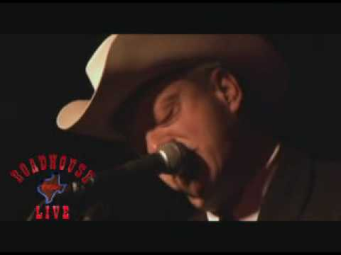 Junior Brown episode of Texas Roadhouse Live