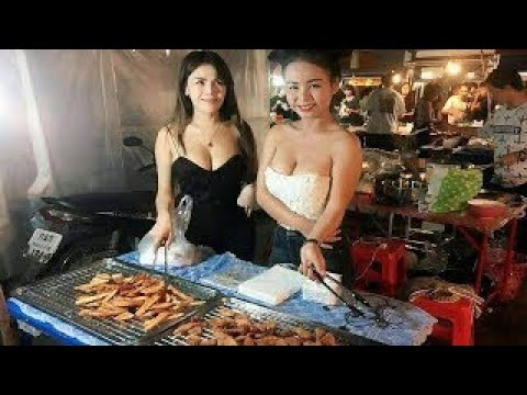 Beautiful girl Cooking Amazing Cooking for Lunch Time Khmer Traditional Food(Samlor Kar Co