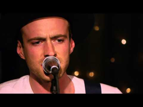 The Veils - Turn From The Rain (Live on KEXP)