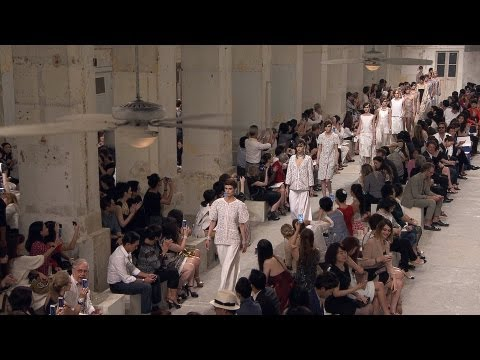 Full film of the CHANEL Cruise 2013/14 fashion show that took place on May 9th in Singapore  Soundtrack: Los Samplers: Mambo Brillante (Guilty76) Willy Moon: Shakin All Over (Universal Music / EMI music publishing) Kid Creole and The Coconuts: Im a Wonderful Thing Baby (ZE Records Mundo Ltda / BMG Songs / Shott In the Dark Music) Lizzy Mercier Descloux: Wawa (ZE Records Mundo Ltda)