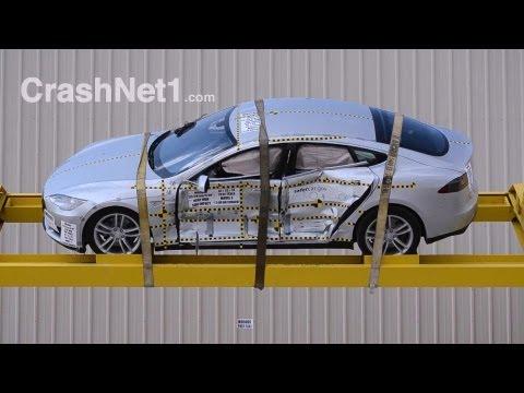 Краш-тест Tesla Model S 2013