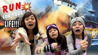 Funny Movie Photo Challenge - Museum of Illusions Los Angeles - Vlog It // GEM Sisters