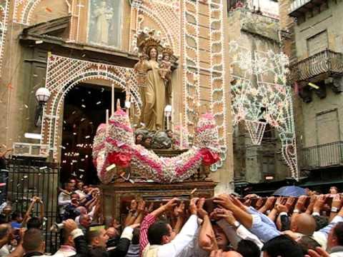 Spettacolare uscita Madonna della Mercede al Capo - Palermo 2011