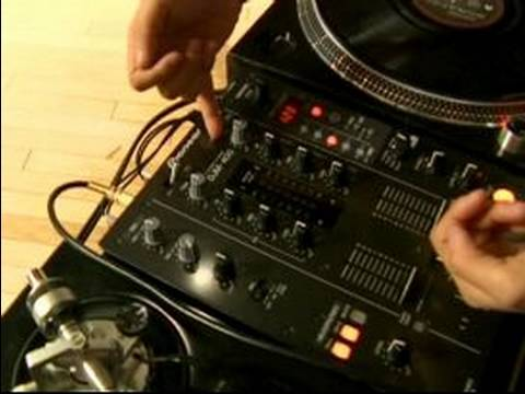 How to Use DJ Equipment : Using Master Volume with DJ Equipment