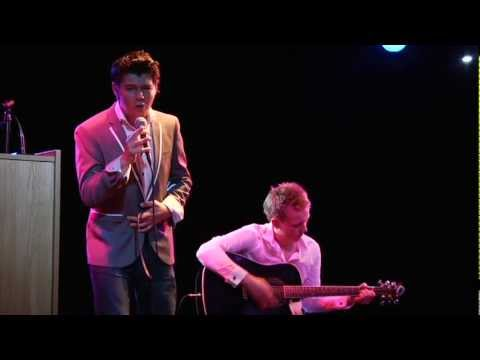 Damian McGinty Performs in Derry~Londonderry