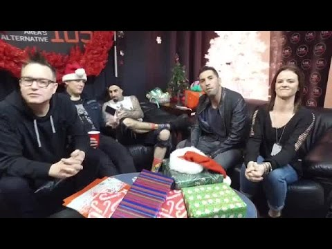Interview: blink-182 Backstage Interview At LIVE 105 Not So Silent Night