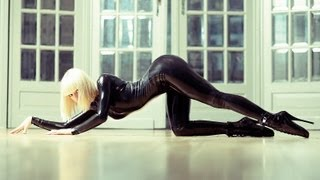 Sexy kitty in full latex catsuit