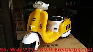 Xe Máy Điện Trẻ Em Vespa Cổ Đáng Yêu - Moto 888