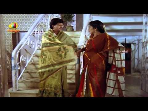 Sindhoora Devi Movie Scenes - Senthil telling Vivek a secret...