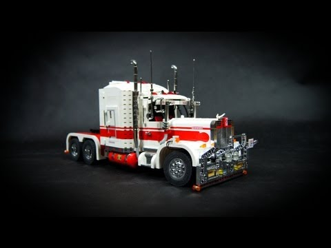 Lego Motorized Kenworth Road Train