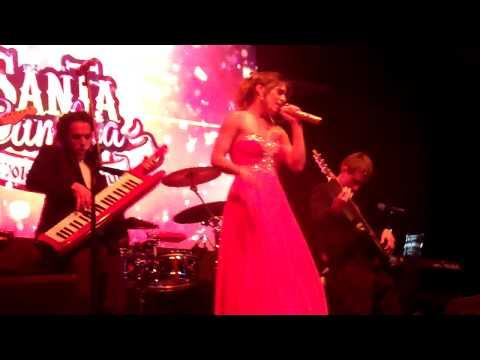 Lanzamiento serie Santa Cumbia – Canta Nadia Portillo