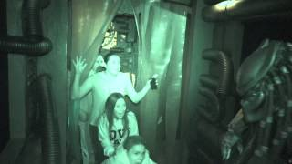 AVP: Alien vs  Predator : Night Vision - Halloween Horror Nights 2014 Universal Studios