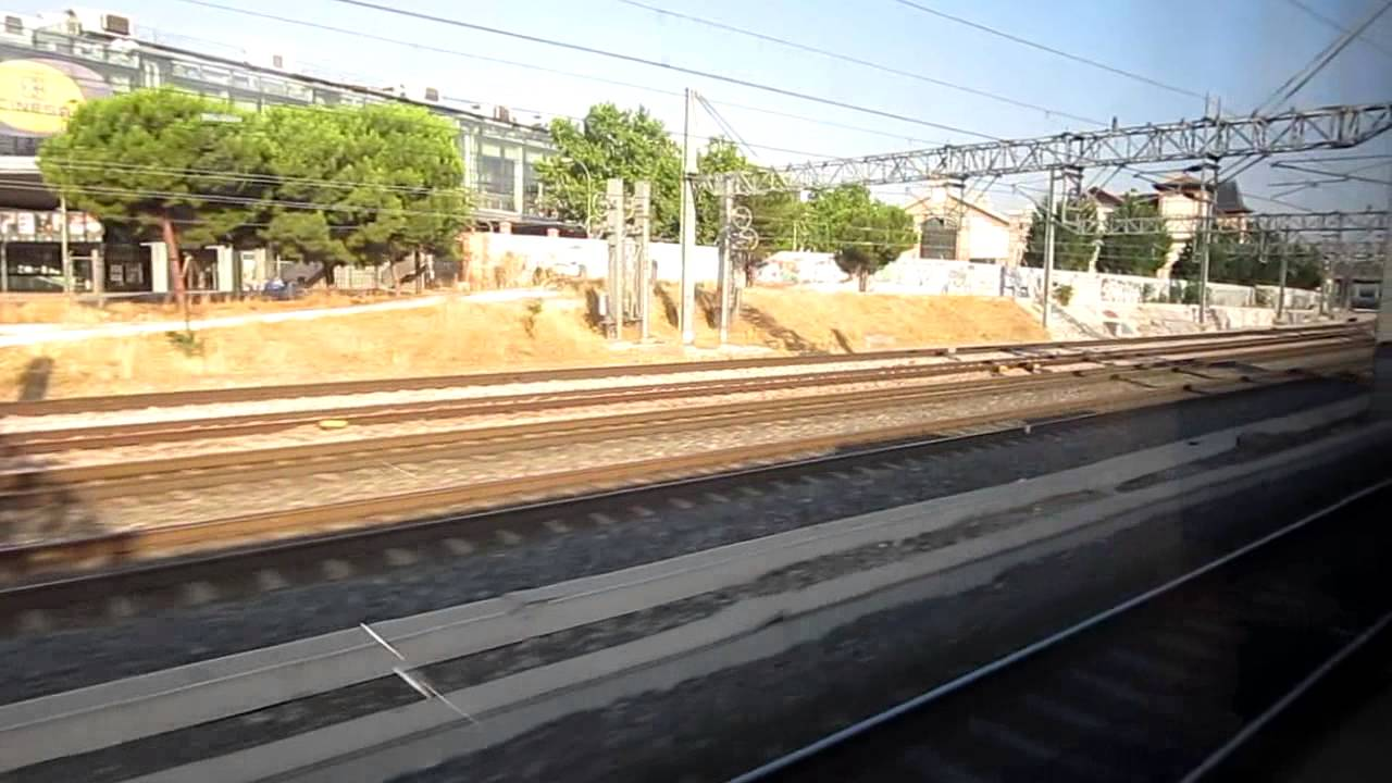 Hd tren train ave s 103 llegando arriving madrid puerta de atocha 29 07 2014 youtube - Puerta de atocha ave ...