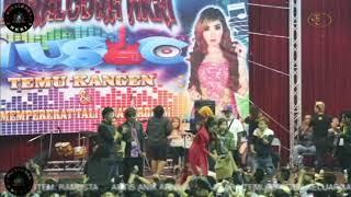 ANIK ARNIKA LIVE IN TAIWAN  judul lagu: pengen disayang
