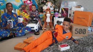 CHRISTMAS MORNING TEKKERZ KID FAMILY PRESENT OPENING!