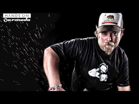 Alex MORPH - Hands on Armada - Out Now!
