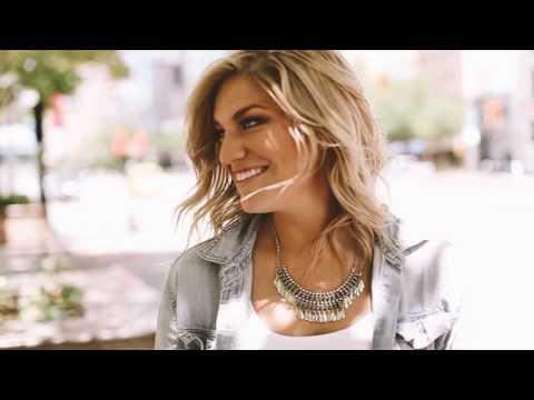 download lagu Ashley Hess - Into You gratis