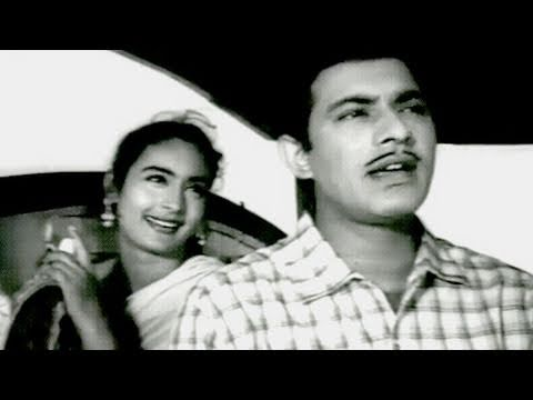 Pyar Par Bus To Nahin Hai - Talat Mehmood, Asha Bhosle, Sone Ki Chidiya Song video