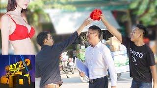 HAYZOtv - Ảo Thuật Lấy Áo Con Trên Đầu Người Đi Đường