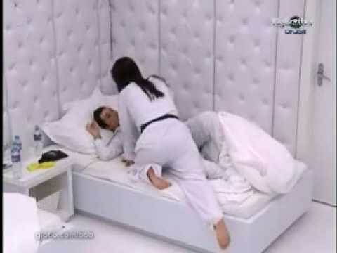 Ang�lica Cl�udia video impropio. BBB10: BIG BROTHER BRASIL